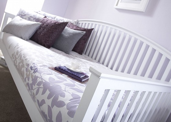 Madrid Wooden Day bed in White-0