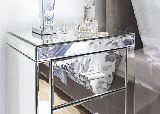 Venetian 3 Drawer Mirrored Bedside -4136