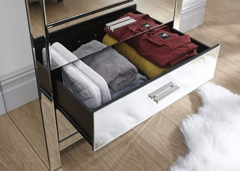 Venetian 4 Drawer Mirrored Chest -4141