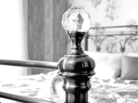 Sonita Metal and Crystal Bed Frame-4270